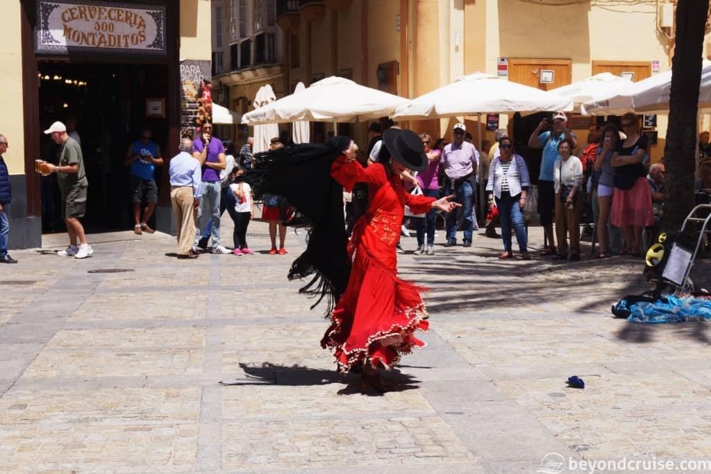Cadiz town square - Flamenco dancer