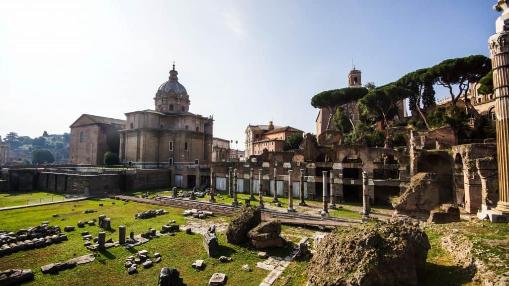Rome - Caesars Plaza ruins