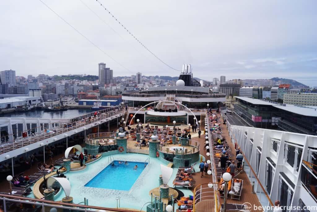 MSC Magnifica - Sail away from La Coruna