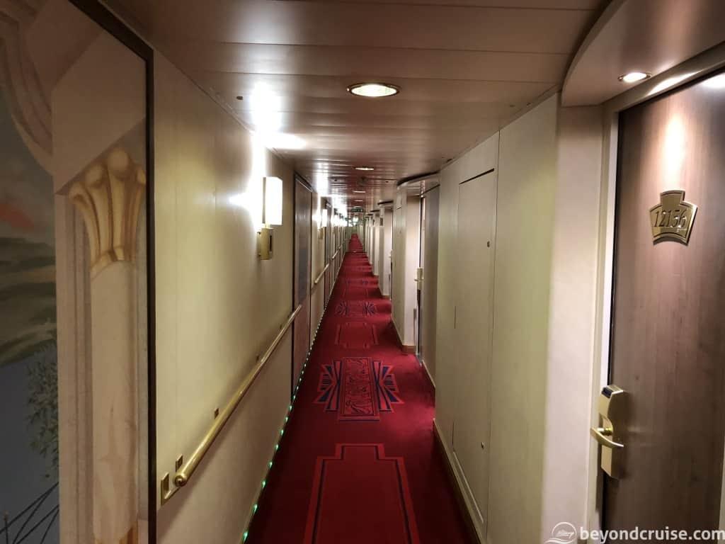 MSC Magnifica typical corridor