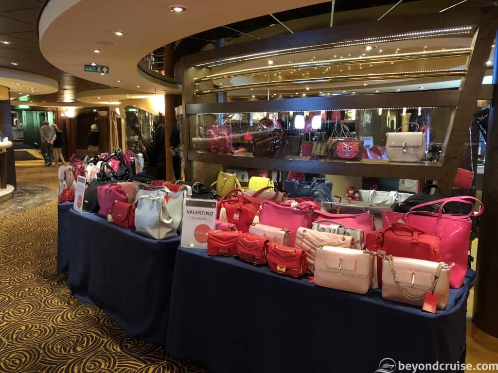 MSC Magnifica Shops Deck 6