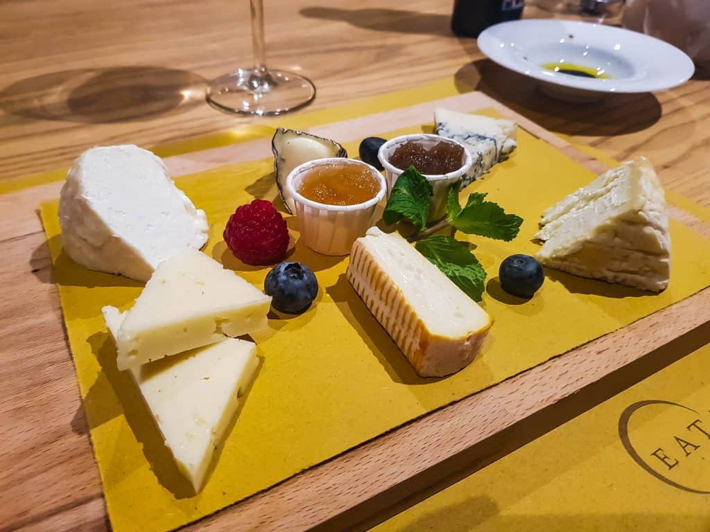 MSC Meraviglia, Eataly Food Market – Cheese Platter Starter