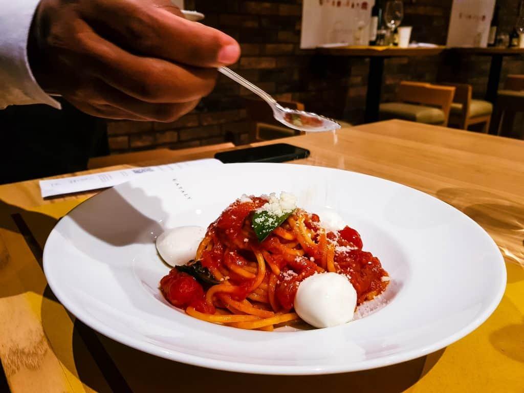 MSC Meraviglia, Eataly Food Market – Tomato, Basil and Mozzarella Spaghetti